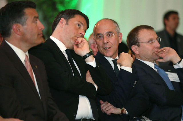 From left, Nevada Gov. Brian Sandoval, Italy's Prime Minister Matteo Renzi, Enel CEO Francesco Starace and Enel Green Power CEO Francesco Venturini attend an inauguration ceremony at Enel Green Po ...