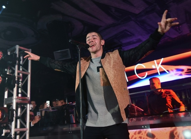Nick Jonas performs at Foxtail Nightclub on Dec. 31 2015 (Ethan Miller)