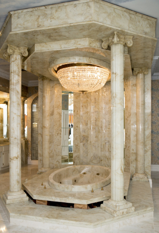 This bath is in the master suite of the old Liberace home. It has been restored. (Tonya Harvey/Real Estate Millions)