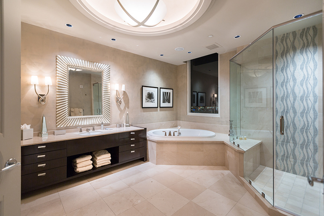 Master bath. (COURTESY SHAPIRO & SHER GROUP)