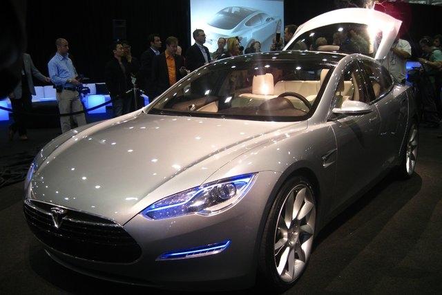 A Tesla Model S. (Courtesy, CNN)