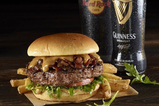 Guinness and Bacon Cheeseburger at the Hard Rock Cafe (Hard Rock Cafe)
