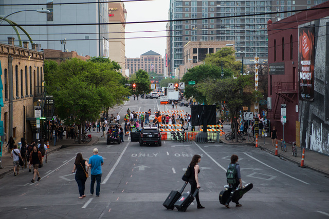 People crowd 6th Street during the second day of the SXSW music festival in downtown Austin, Texas on Wednesday, March 16, 2016. Chase Stevens/Las Vegas Review-Journal Follow @csstevensphoto