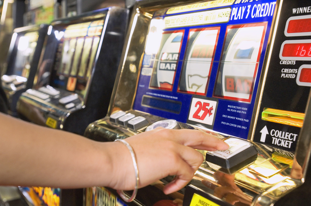 Slot machine (Thinkstock)