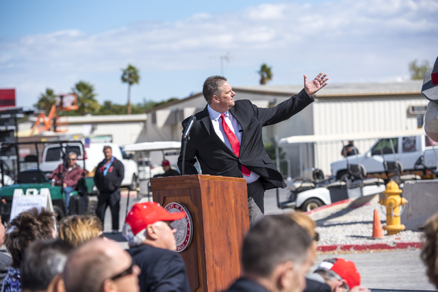 Mike Newcomb, executive director of the Thomas & Mack Center, speaks at the topping-off ceremony at UNLV in Las Vegas on Tuesday, March 22, 2016. Joshua Dahl/Las Vegas Review-Journal