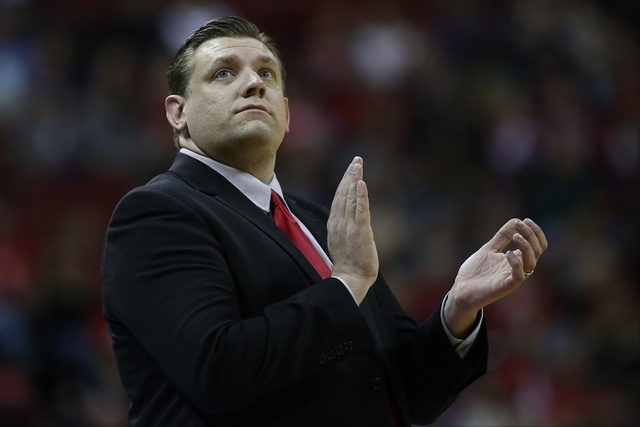 UNLV Rebels head coach Todd Simon looks to the scoreboard during a game against Colorado State at the Thomas & Mack Center in Las Vegas on Saturday, Feb. 13, 2016. (Brett Le Blanc/Las Vegas Re ...