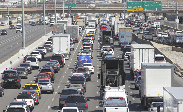 Traffic is backed up on northbound Interstate 15 near Tropicana after a semitrailer crash, Tuesday, April 19, 2016. (Bizuayehu Tesfaye/Las Vegas Review-Journal Follow @bizutesfaye)