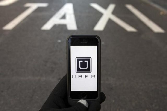 Uber app (Reuters/Sergio Perez)