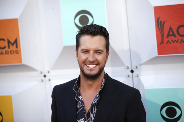 Luke Bryan walks the red carpet at the 51st Academy of Country Music Awards Sunday, April 3, 2016, at the MGM Grand in Las Vegas.  (Rachel Aston/Las Vegas Review-Journal) Follow @rookie__rae