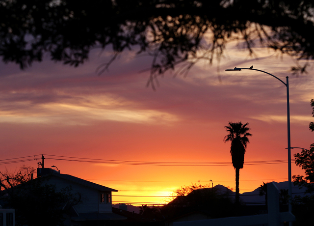 The sun rises over a neighborhood on a spring day in Summerlin Monday, April 4, 2016. Ronda Churchill/Las Vegas Review-Journal