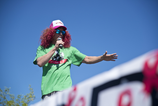 Carrot Top talks on stage during the 26th annual Aid for AIDS of Nevada (AFAN) AIDS Walk Las Vegas at Town Square in Las Vegas on Sunday, April 17, 2016. (Daniel Clark/Las Vegas Review-Journal) Fo ...