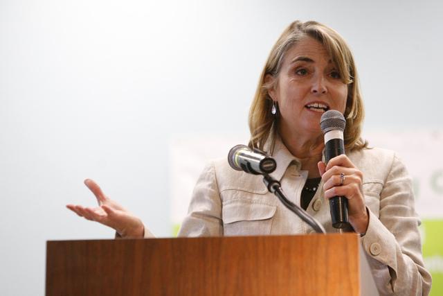 Kate Marshall announces the second year of the Nevada College Kickstart Program at Bonner Elementary School in Las Vegas, Tuesday, Sept. 23, 2014.  (Erik Verduzco/Las Vegas Review-Journal)