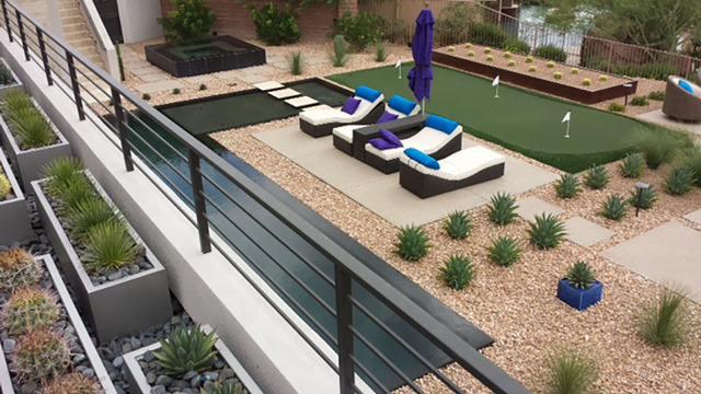 Putting Greens In Desert Landscaping Is A Trend In The Backyards Of Las  Vegas Luxury Homes