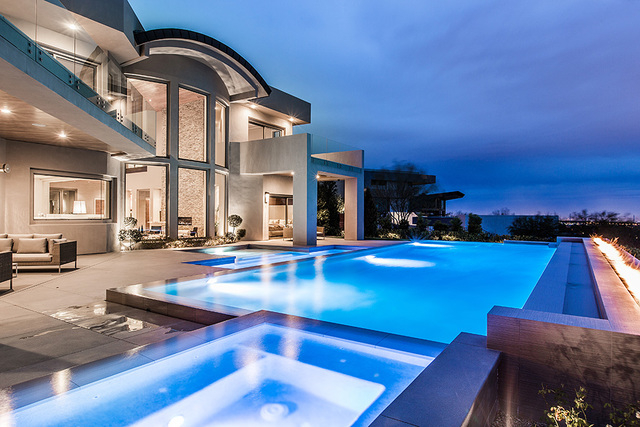 The home features a large pool. (Courtesy Shapiro & Sher Group)