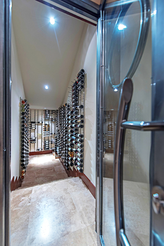 The wine room. (Courtesy Simply Vegas)