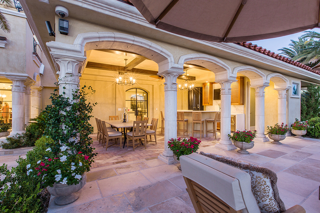 A Summerlin home in Tournament Hills has an outdoor kitchen with a traditional look. (COURTESY OF SHAPIRO & SHER GROUP)