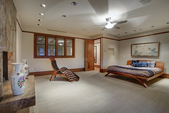 Master bedroom. (Synergy Sotheby's International Realty)