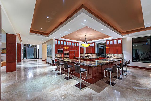 The kitchen. (Courtesy Simply Vegas)