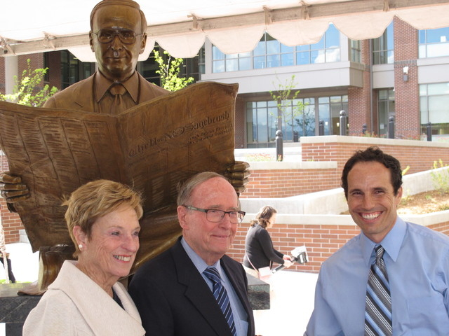 Longtime former U.S. Sen. and Nevada Gov. Richard Bryan, center, poses with his wife, Bonnie, and artist Benjamin Victor on the campus of the University of Nevada, Reno, on Friday, April 29, 2016. ...