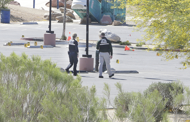 Las Vegas police are investigating a stabbing and shooting after one person died at Hollywood Park, near Hollywood Recreation Center on 1650 S Hollywood Boulevard on Saturday, April 23, 2016, in L ...
