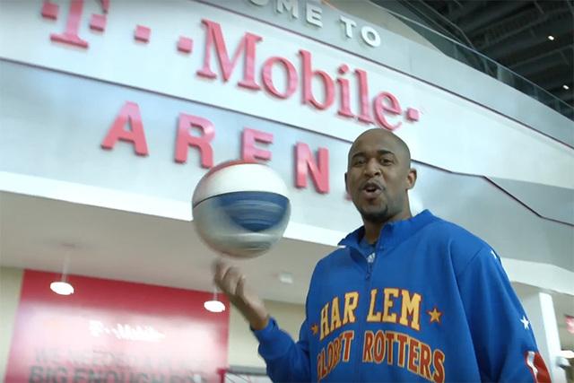 Harlem Globetrotter Scooter Christensen. (Screengrab/YouTube)