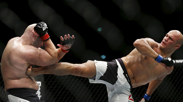 Mixed Martial Arts - Ultimate Fighting Championship (UFC) Fight Night - Mens Heavyweight Bout - Arena Zagreb, Zagreb, Croatia - 10/4/16 - Ben Rothwell in action with Junior Dos Santos (R). REUTERS ...