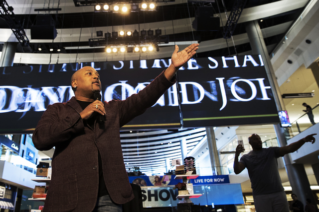 "Daymond John, creator of FUBU and star of ABC's ""Shark Tank,"" welcomes fans to a meet and greet at Fashion Show Mall, Wednesday, April 20, 2016, in Las Vegas. Benjamin Hager/Las  ..."