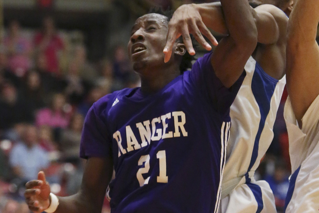 Ranger (Texas) College's Kris Clyburn (21) is the first player to sign a letter of intent with new UNLV basketball coach Marvin Menzies. (Travis Morisse/The Hutchinson News via AP)
