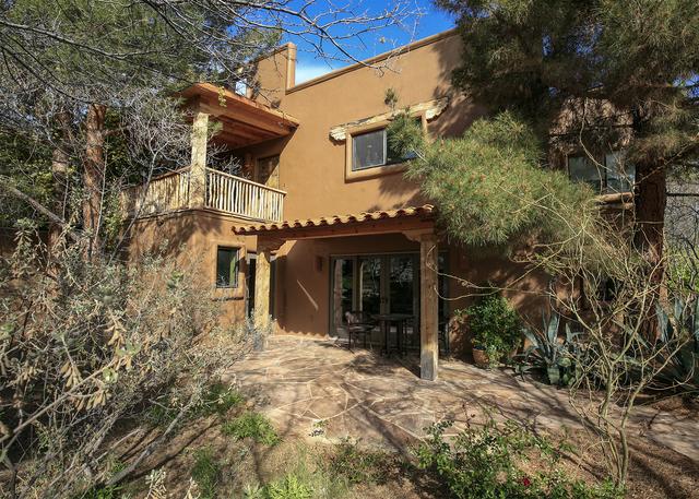 This Blue Diamond home has a Santa Fe style. (ELKE COTE/MILLIONS)
