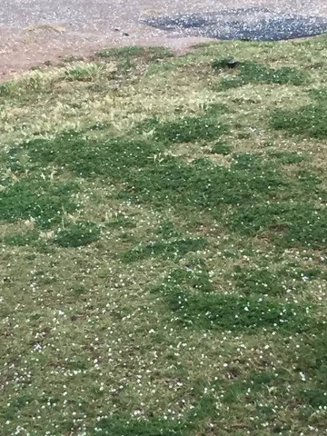 Hail is seen in Summerlin on May 6, 2016. (Stephanie Jim Hinojosa/Facebook)