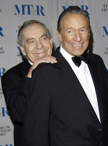 Morley Safer, left, and Mike Wallace arrive at the Museum of Television & Radio's annual gala in New York, Feb, 8, 2007. (Chip East/Reuters)