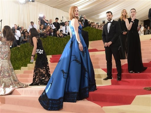 "Jessica Chastain arrives at The Metropolitan Museum of Art Costume Institute Benefit Gala, celebrating the opening of ""Manus x Machina: Fashion in an Age of Technology"" on Monday, May 2, 2016, in  ..."