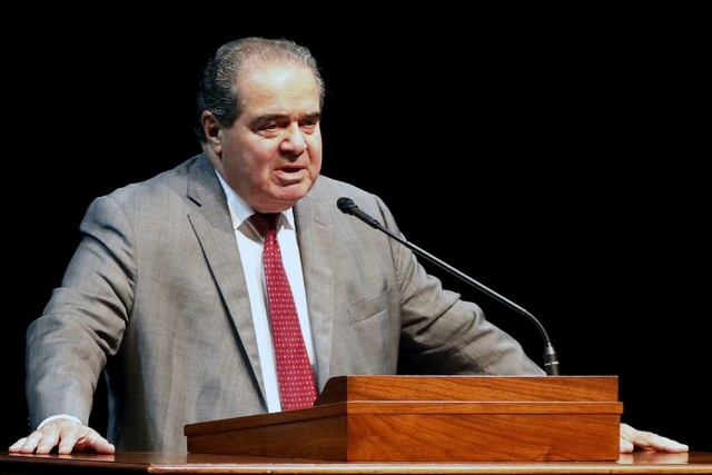 Supreme Court Justice Antonin Scalia speaks at the University of Minnesota in Minneapolis, Oct. 20, 2015. (Jim Mone/AP)
