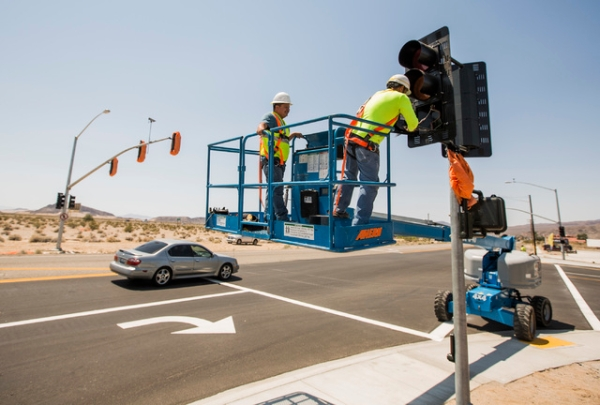 Baker gets its first traffic signal | Las Vegas Review-Journal