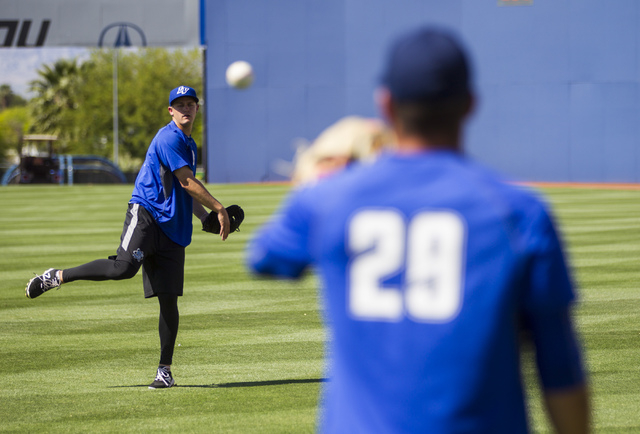 Las Vegas 51s pitchers Paul Seward, left, and Chasen Bradford warm up ahead of a game against the El Paso Chihuahuas in Las Vegas on Friday, May 13, 2016. (Chase Stevens/Las Vegas Review-Journal)  ...