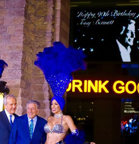 Tony  Bennett was honored with a champagne toast on Thursday on the Brooklyn Bridge outside New York-New York. (Norm Clarke/Las Vegas Review-Journal)