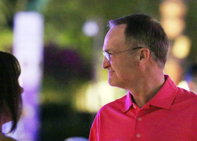 Oklahoma coach and event chair Lon Kruger socializes during the 9th annual Coaches vs. Cancer Las Vegas Golf Classic hosted at MGM Grand Sunday, May 22, 2016, in Las Vegas. Ronda Churchill/Las Veg ...