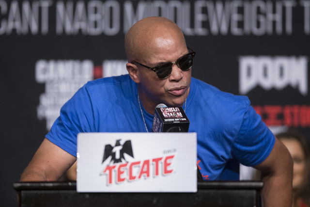 """Boxing trainer Virgil Hunter speaks during the final press conference for Amir Khan and Saul """"Canelo"""" Alvarez at the Ka Theater inside MGM Grand casino-hotel on Wednesday, May 4, ..."""