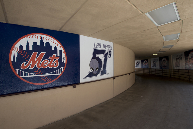 Las Vegas City Council unanimously voted to accept the transfer of Cashman Field from the Las Vegas Convention and Visitors Authority to the City of Las Vegas.  Cashman Field is the home field for ...