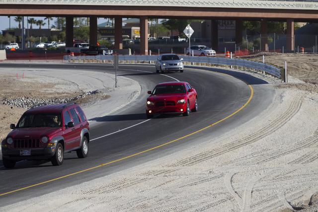 Motorists use a new ramp that transitions northbound U.S. 95 traffic to eastbound 215 Beltway on Friday, May 27, 2016, in Las Vegas. Erik Verduzco/Las Vegas Review-Journal Follow @Erik_Verduzco