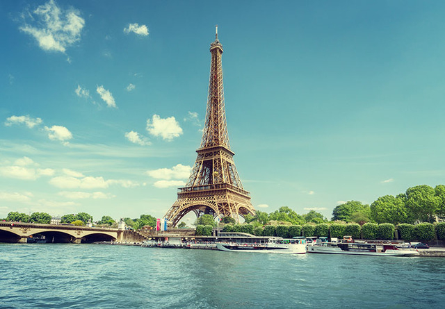 Eiffel Tower in Paris (Thinkstock)