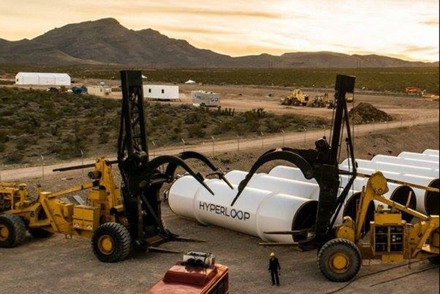 (Hyperloop Tech/Facebook)