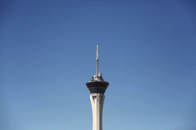 The Stratosphere stands tall in a cloudless Las Vegas sky on Friday, May 27, 2016. (Brett Le Blanc/Las Vegas Review-Journal) Follow @bleblancphoto