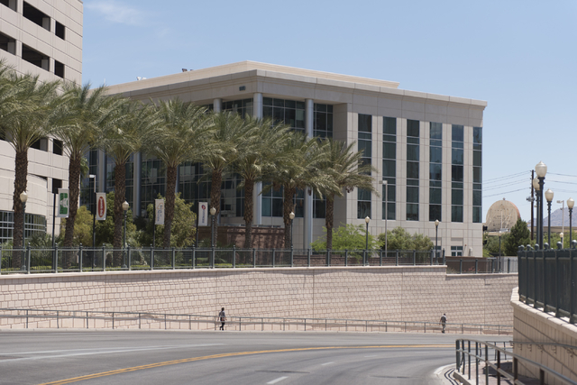The IRS office at 110 N. City Pkwy. in Las Vegas, Thursday, May 19, 2016. (Jason Ogulnik/Las Vegas Review-Journal)