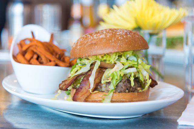 Green chili cheeseburger (Courtesy DW Bistro)