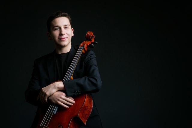 Oliver Herbert (Todd Rosenberg Photography/Las Vegas Philharmonic)