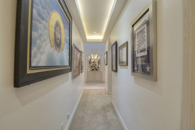 Hallway. (Napoli Group)