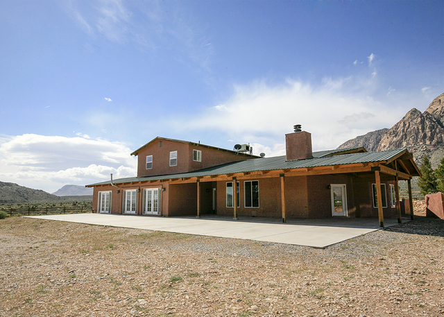 John and Cathy Gauthier have placed their Bonnie Springs on the market for $1,650,000.  (ELKE COTE/MILLIONS)