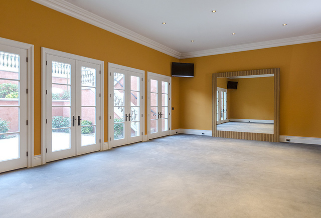 The exercise room in the Eagles Landing Lane home. (Luxe Estates & Lifestyles)