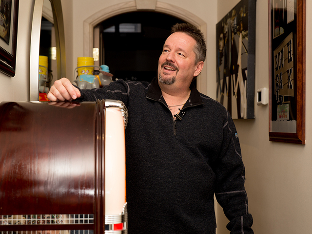 Las Vegas entertainer Terry Fator shows off his jukebox and other items in his historic Las Vegas home. (Tonya Harvey/Real Estate Millions)